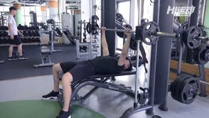 胸肌訓練-史密斯平胸推