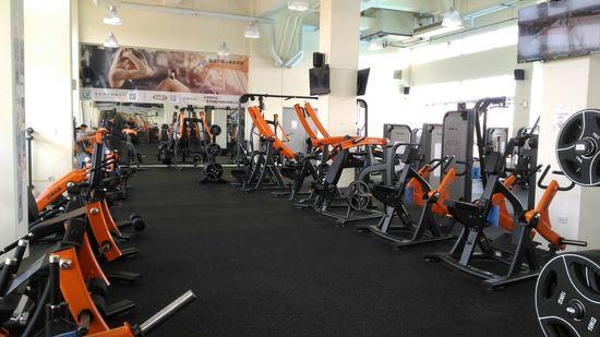 鳳山運動中心健身房 3F機械式器材區