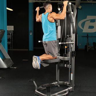 背肌訓練-引體向上