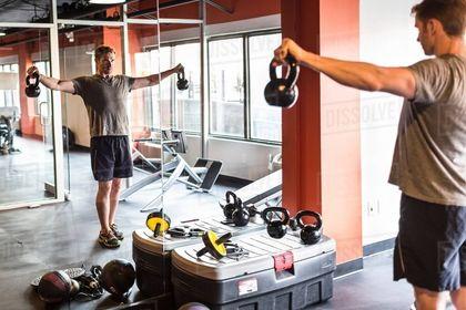 居家健身房 加裝全身鏡