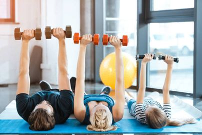 居家健身房 和家人一起運健身